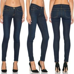FRAME Le Skinny de Jeanne